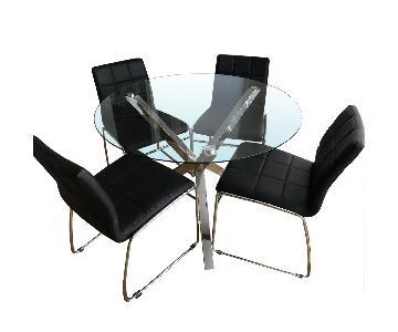 Wade Logan Cova Dining Table w/ 4 Rockaway Chairs