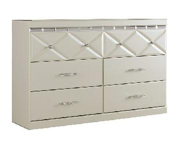 Ashley Dreamur Dresser