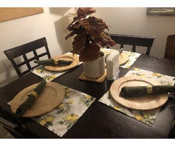 Bernie & Phyl's Amish 5-Piece Bar Height Dining Set
