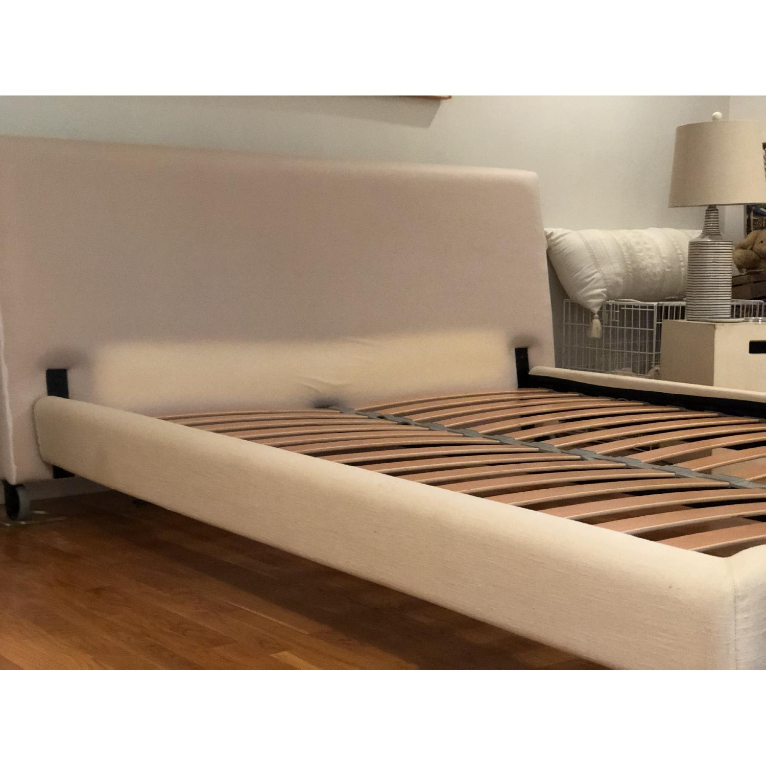Design Within Reach Reve Queen Size Bed - image-2