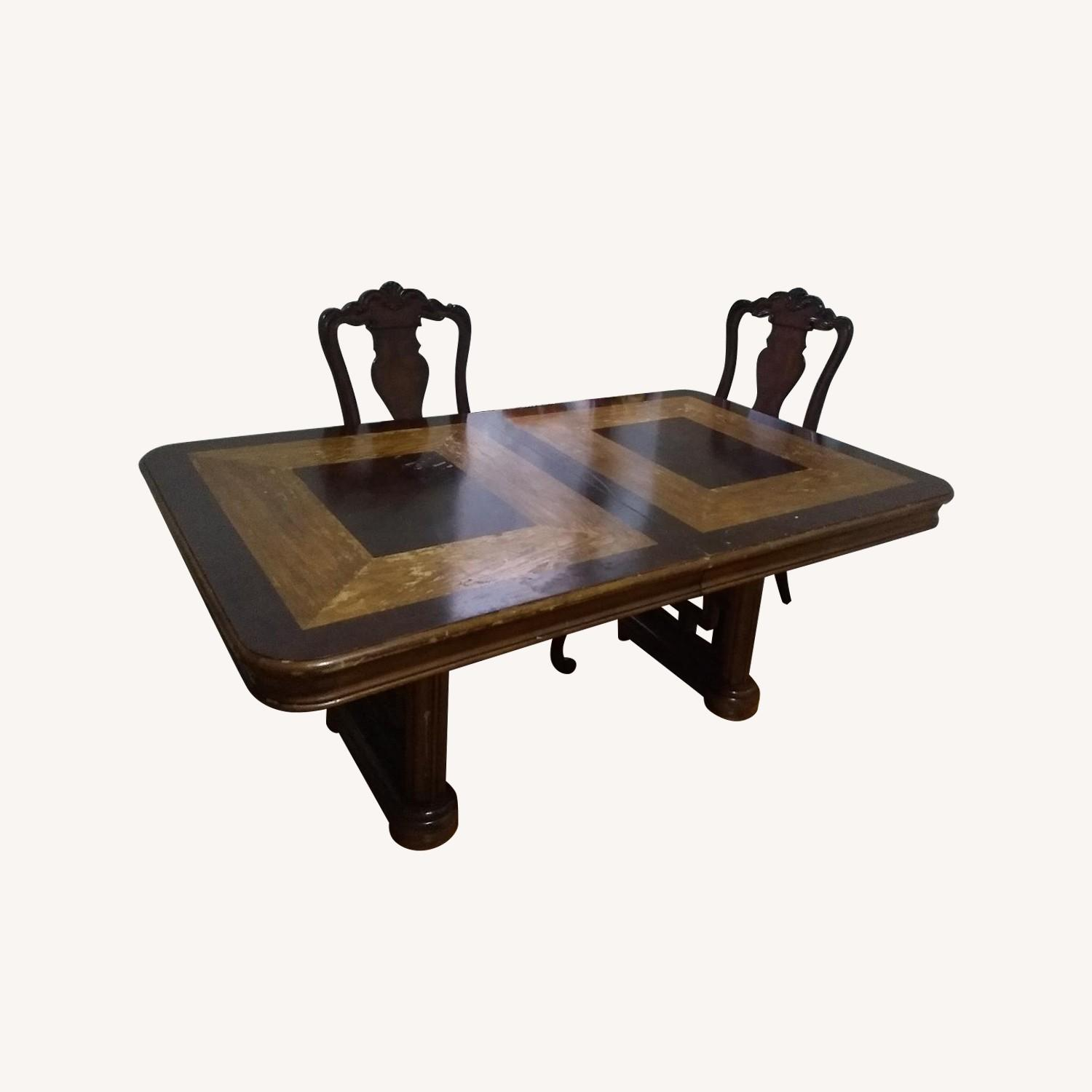 Wooden Dining Table W 2 Leaves