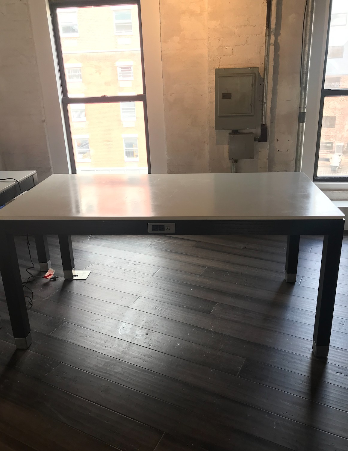 Nought One Desk w/ Power/Data Ports