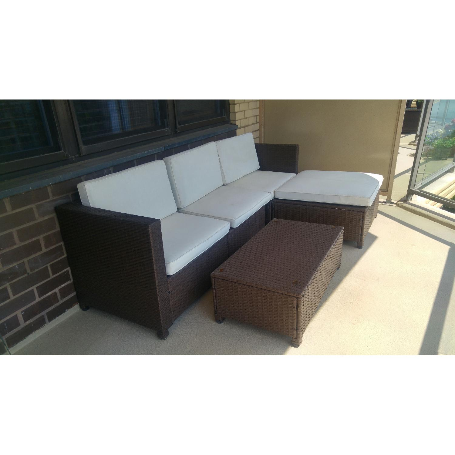 Patio/Terrace Wicker 3-Piece Sectional Sofa w/ Table