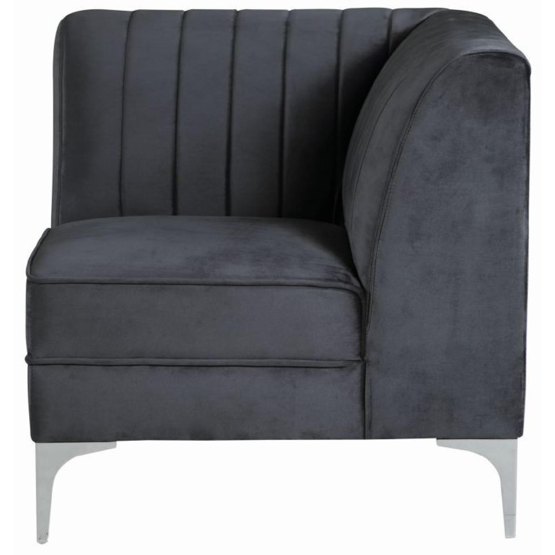 Modern Modular Sectional Sofa in Grey Velvet - AptDeco