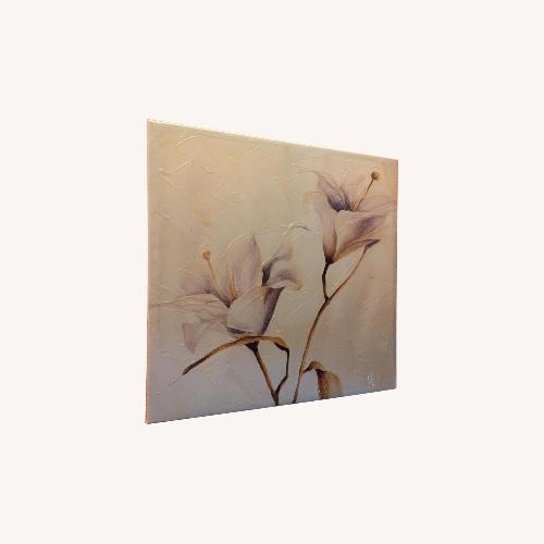 Used Acrylic Home Design Flower Paintings for sale on AptDeco