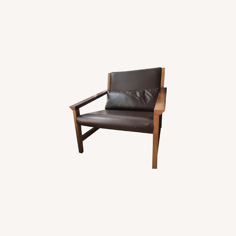 Super Wood Leather Accent Chair Aptdeco Machost Co Dining Chair Design Ideas Machostcouk
