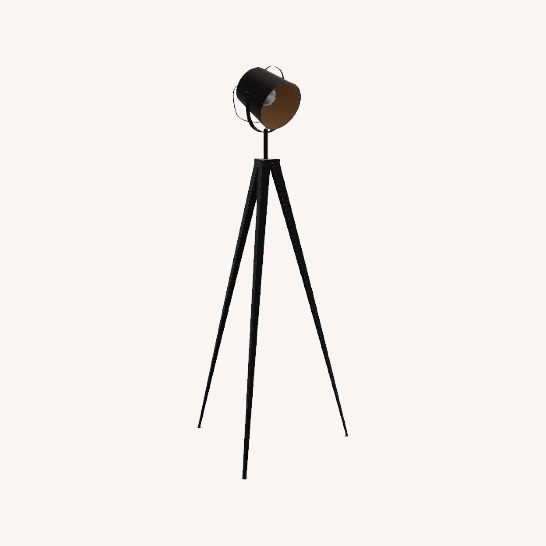Versanora Artiste Tripod Floor Lamp with Shade In Black/Gold