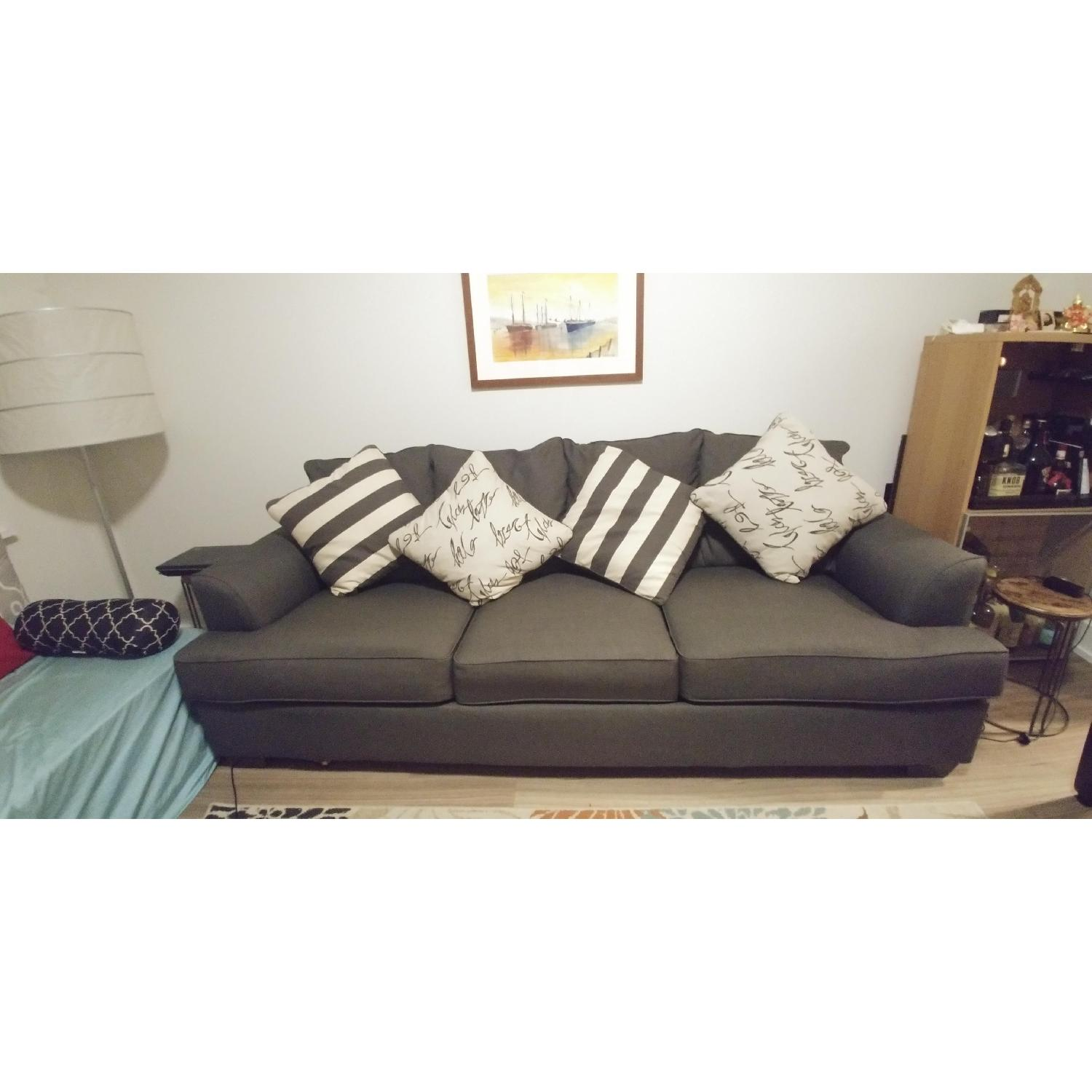 Ashley Furniture Levon Queen Sofa Sleeper