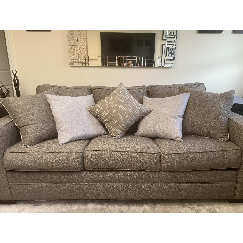 Picture of: Bob S Grayson Queen Sleeper Sofa Chair Aptdeco