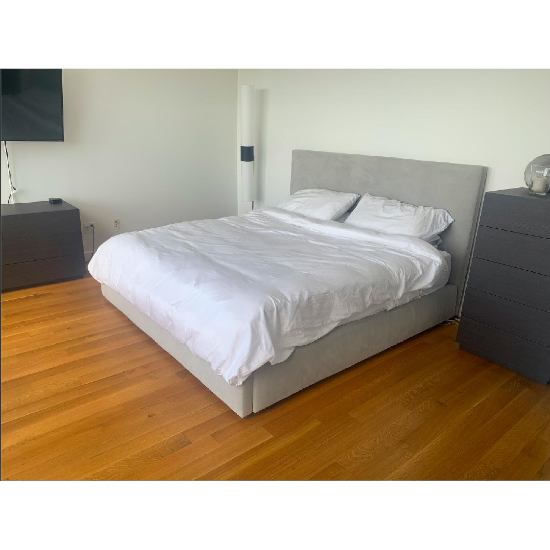 Room Board Wyatt King Bed Aptdeco