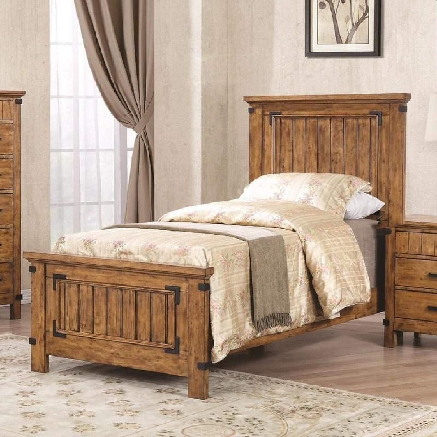 Rustic Style Twin Bed in Warm Honey Brown Finish - image-2