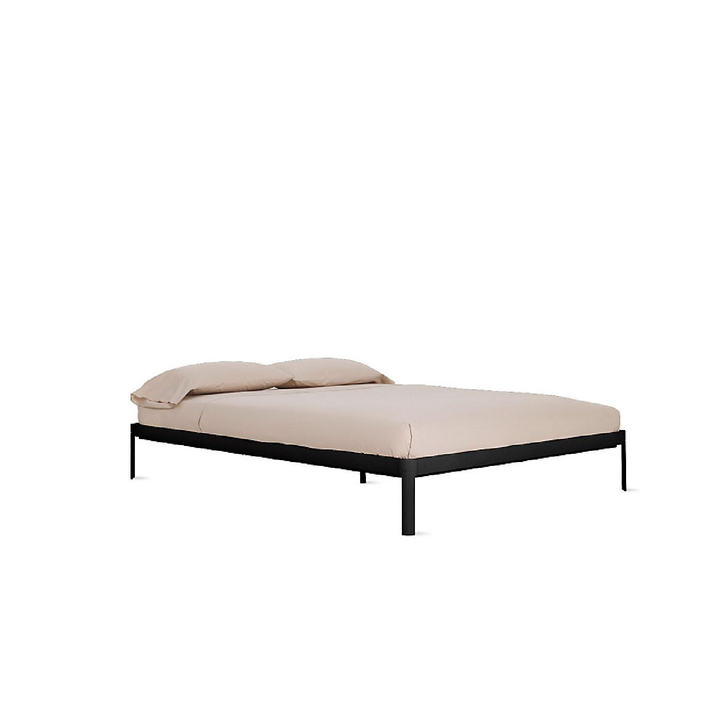 Design Within Reach Min King Size Bed - image-0