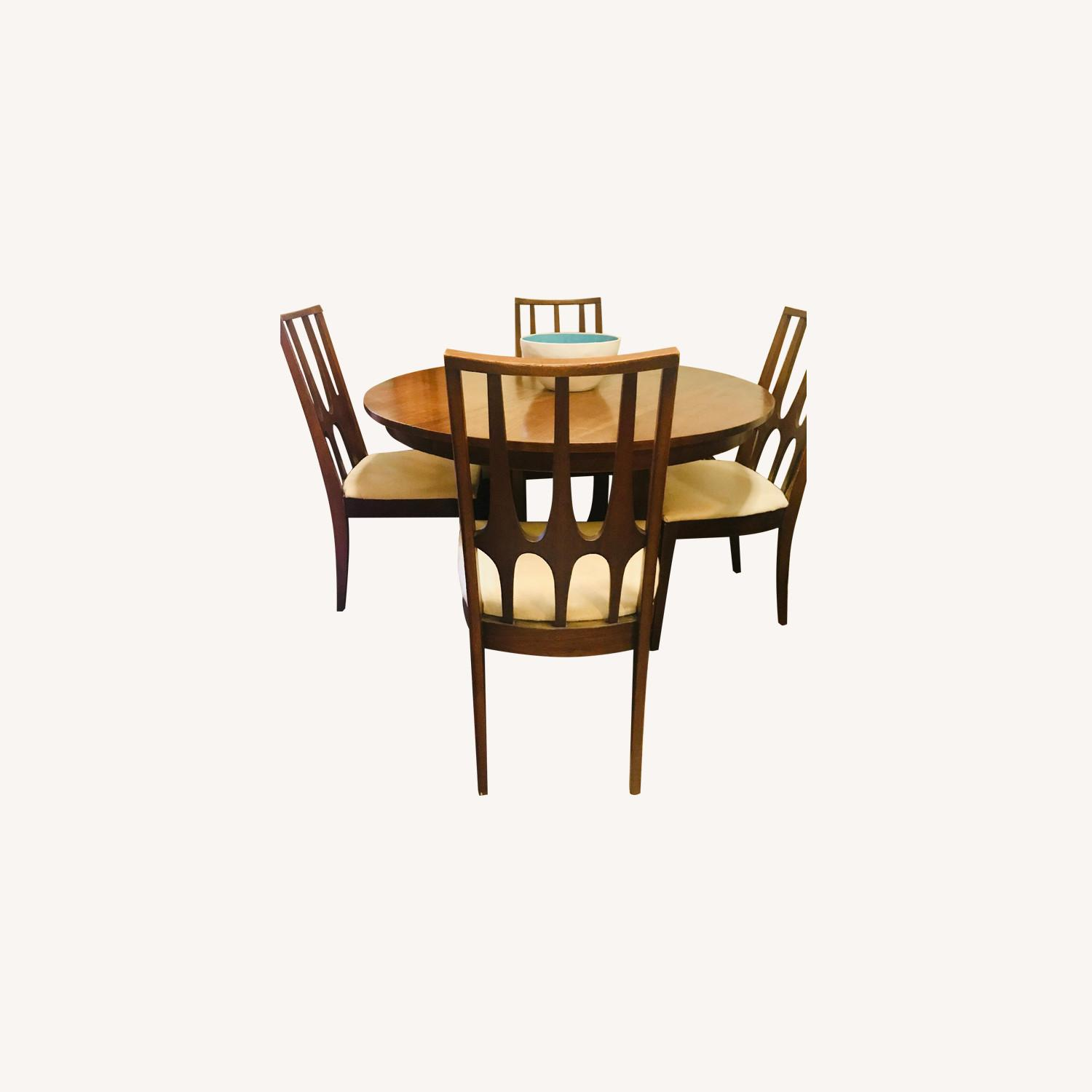 Broyhill Antique Mid Century Expandable 5-Piece Dining Set - image-0