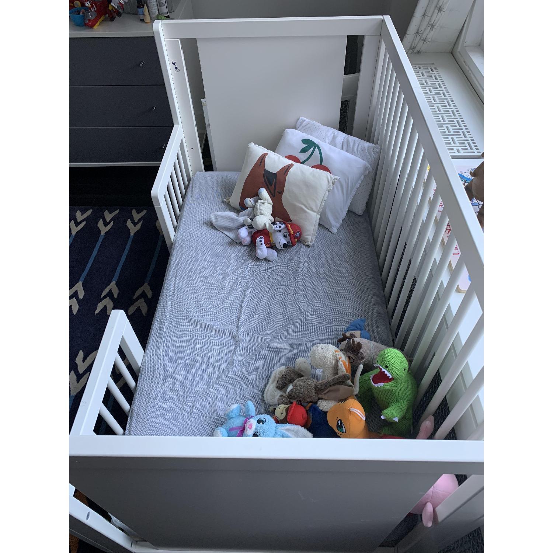 Oeuf Sparrow Crib w/ Toddler Conversion Kit - image-2