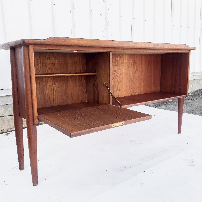 Arne Vodder Scandinavian Modern Teak Desk - image-9