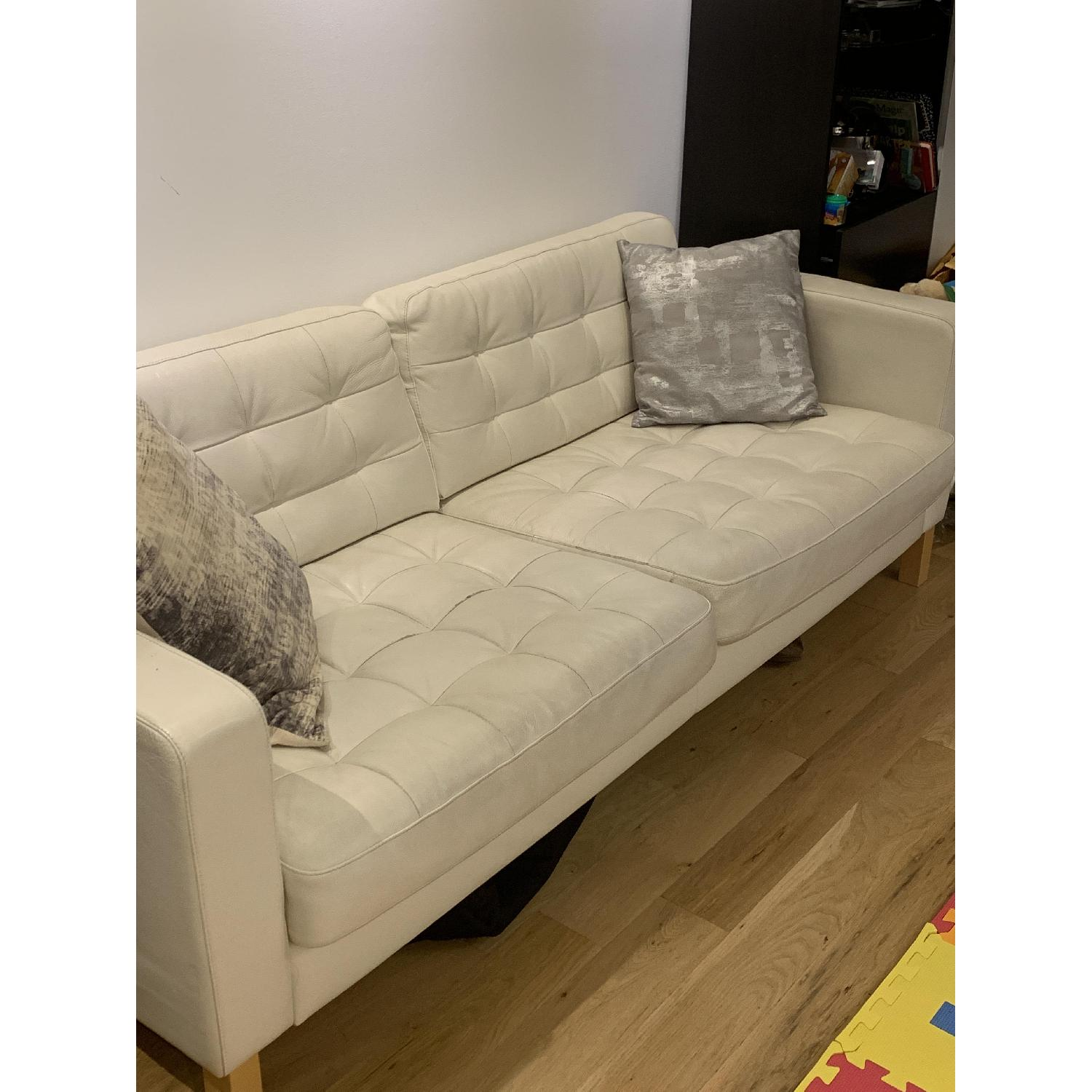 Fantastic Ikea Landskrona White Leather Sofa Aptdeco Creativecarmelina Interior Chair Design Creativecarmelinacom