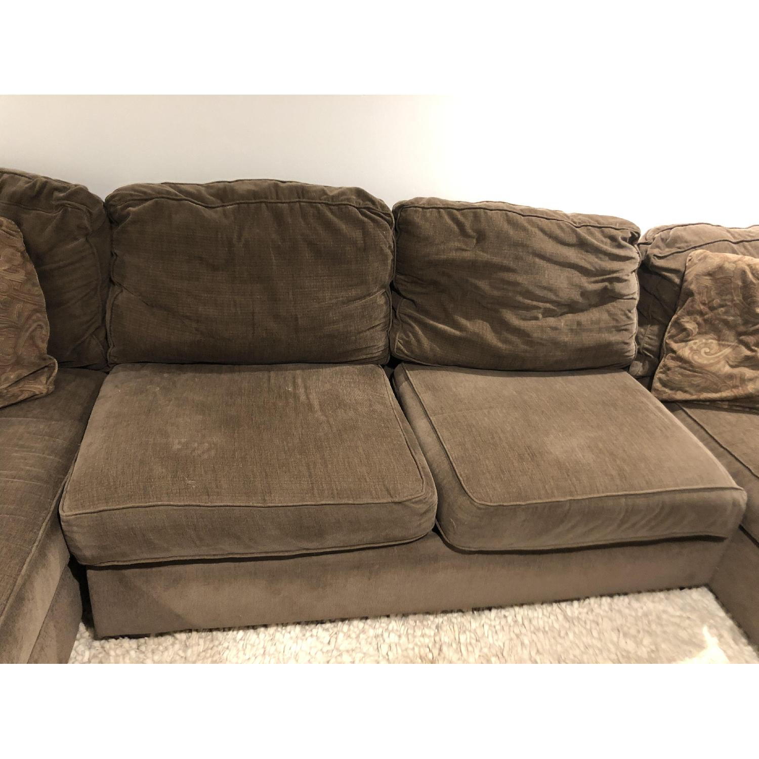 Raymour & Flanigan 3-Piece Sectional Sofa w/ 2 Chaises - image-4