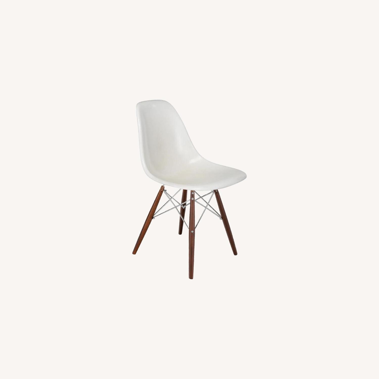 Modernica Eames Shell Chair