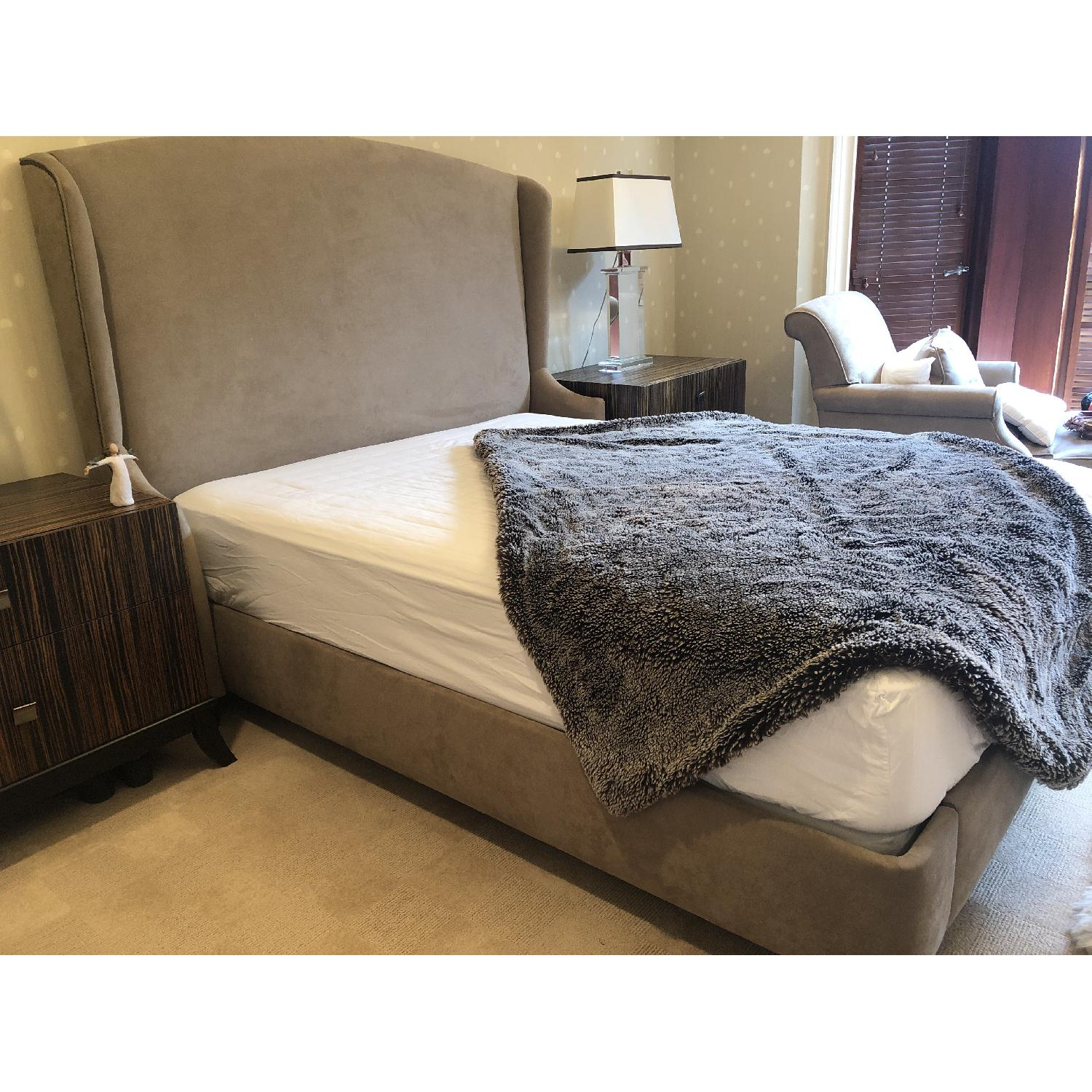 Modern Queen Size Bed - image-4