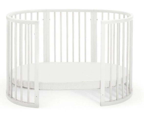Stokke Sleepi Oval Crib on Castors