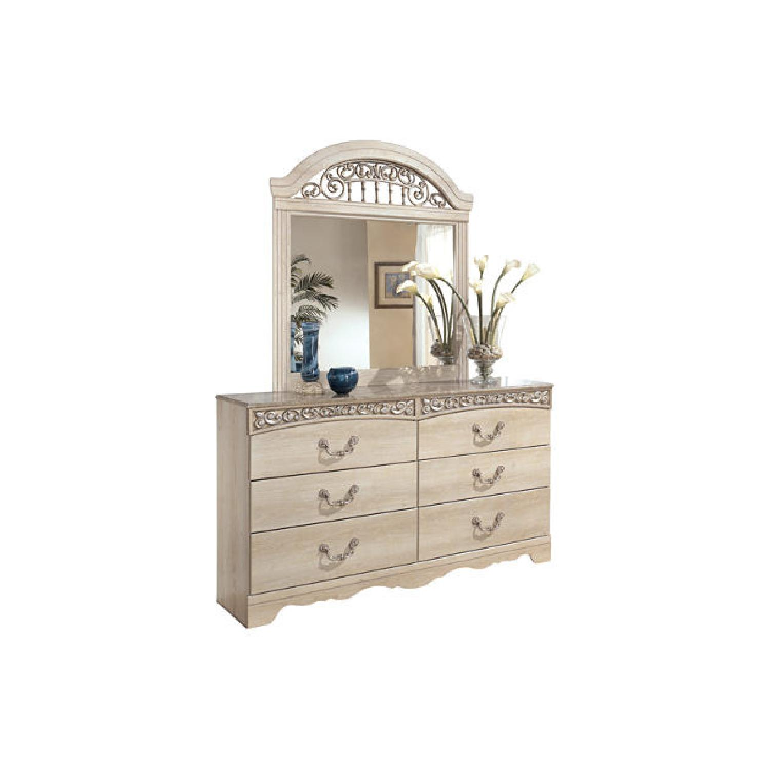 Ashley Catalina 6-Drawer Dresser w/ Mirror - image-0