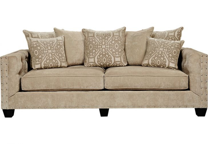 Raymour & Flanigan Sofa w/ Tufted Button Detail