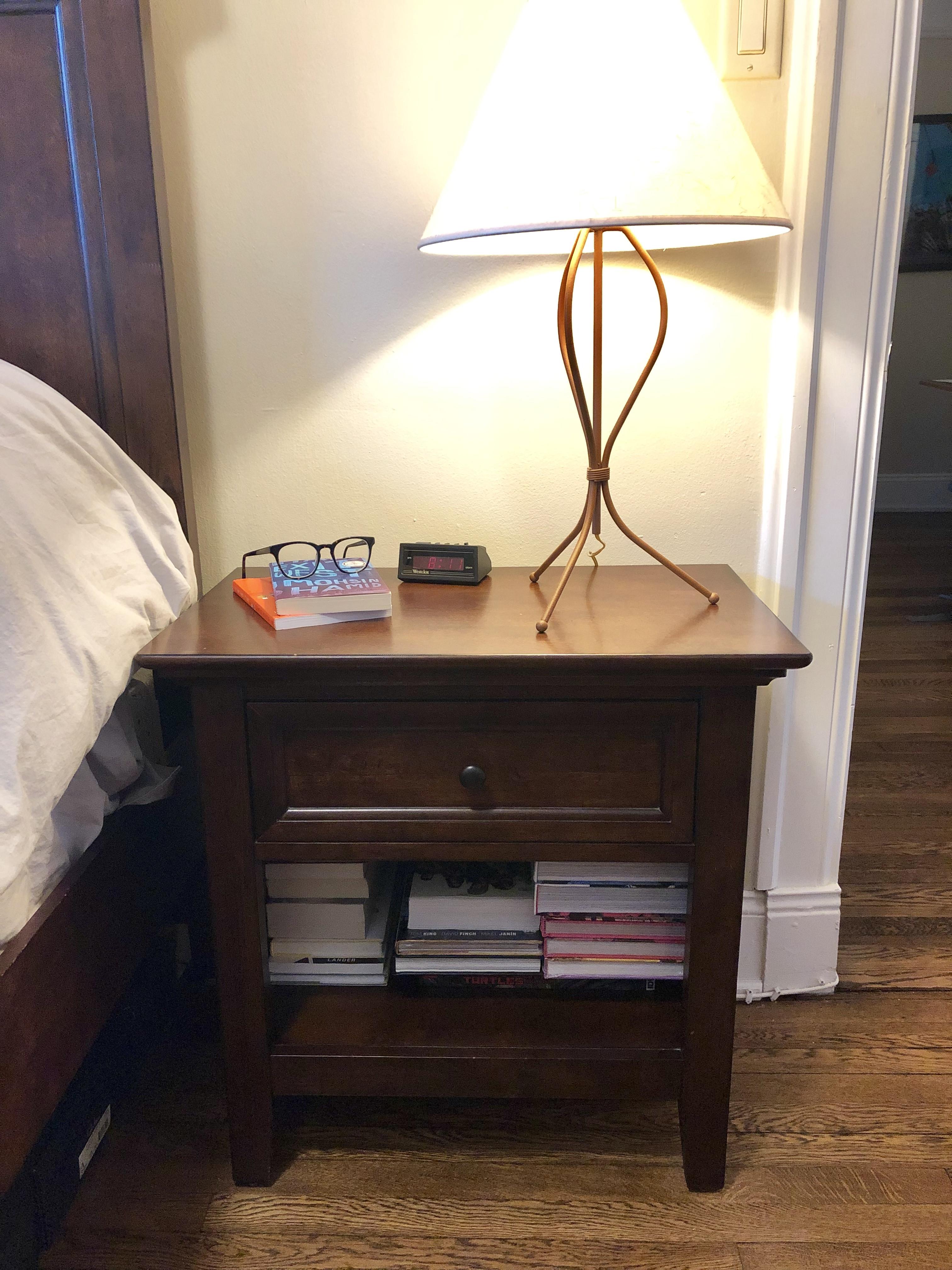 Havertys Ashebrooke Collection Nightstand