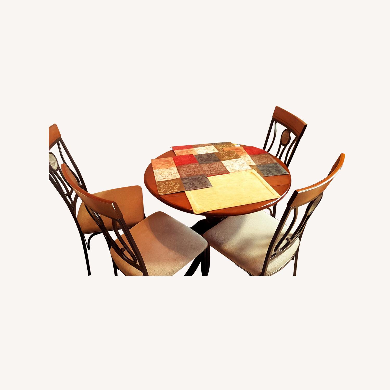 Round 5-Piece Dining Set
