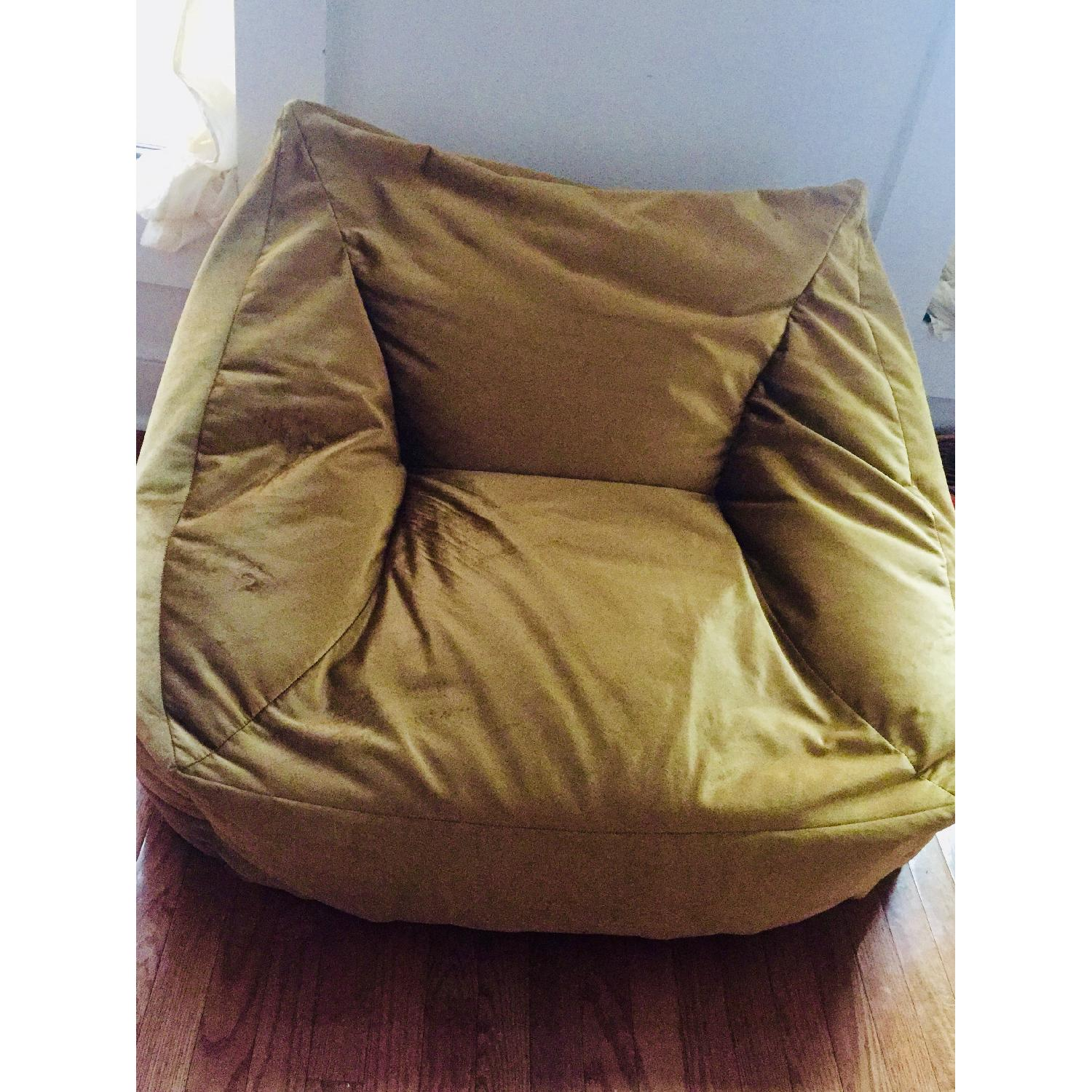 Urban Outfitter Cooper Velvet Lounge Chair in Gold - image-3