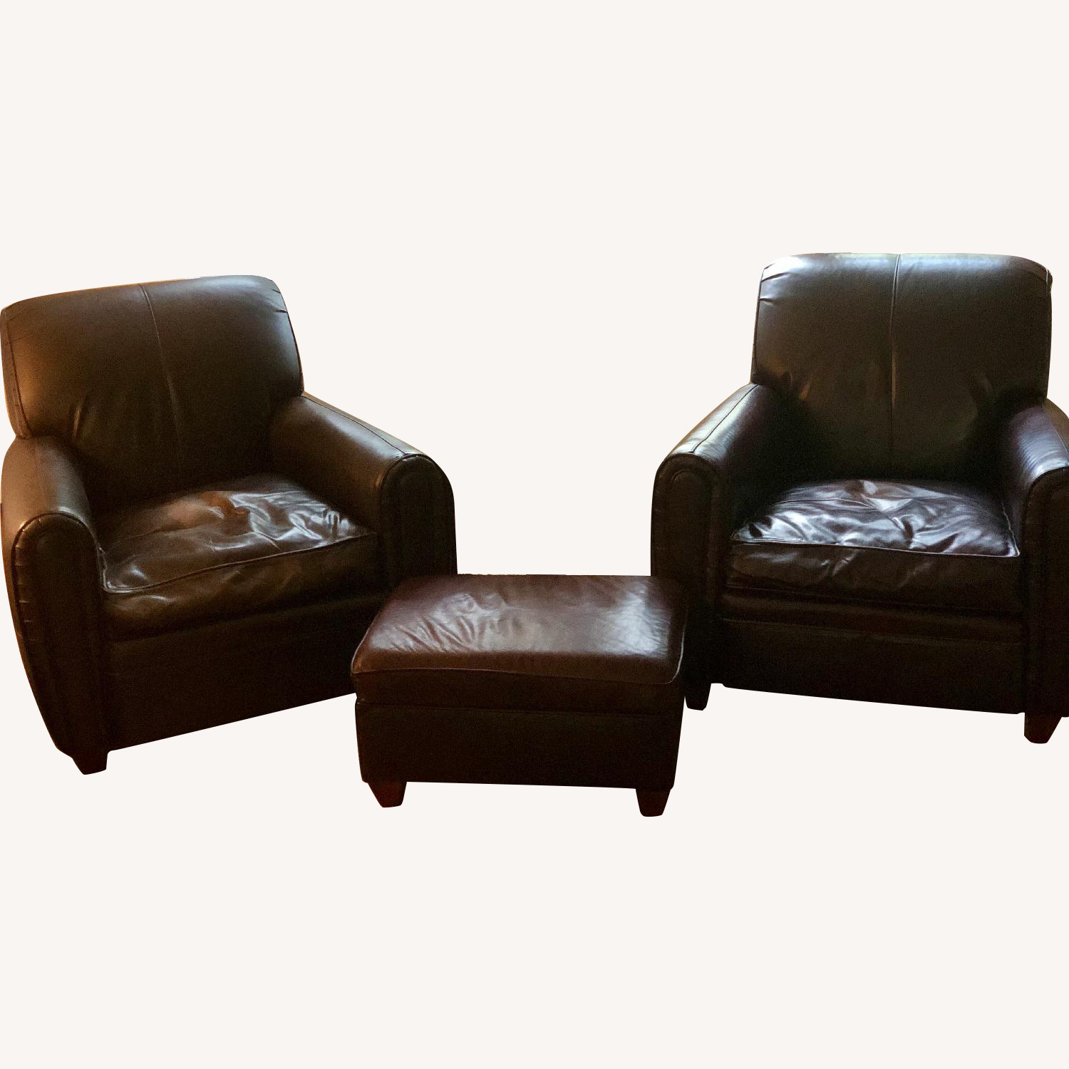 Vanguard Furniture Leather Chairs & Matching Ottoman