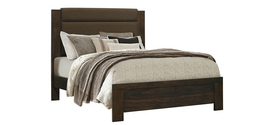 Raymour & Flanigan Chester Queen Bed
