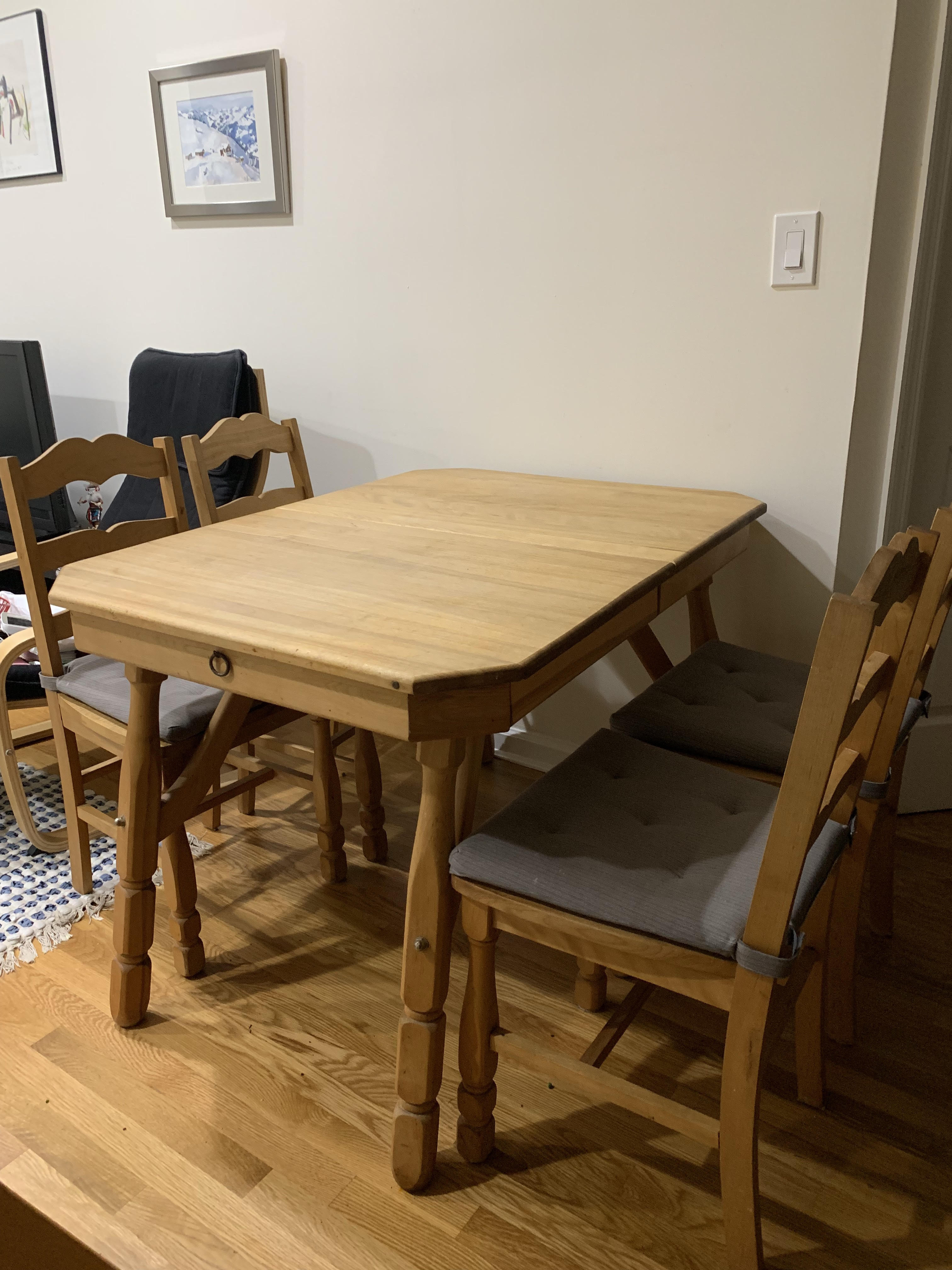 Antique Dining Table w/ 4 Chairs