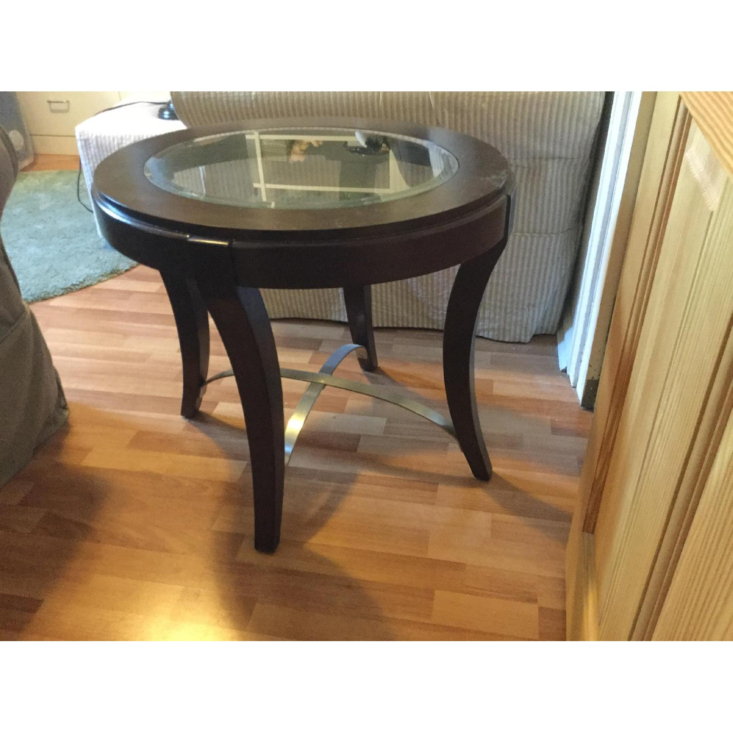 Raymour & Flanigan End Table w/ Glass Insert - image-1