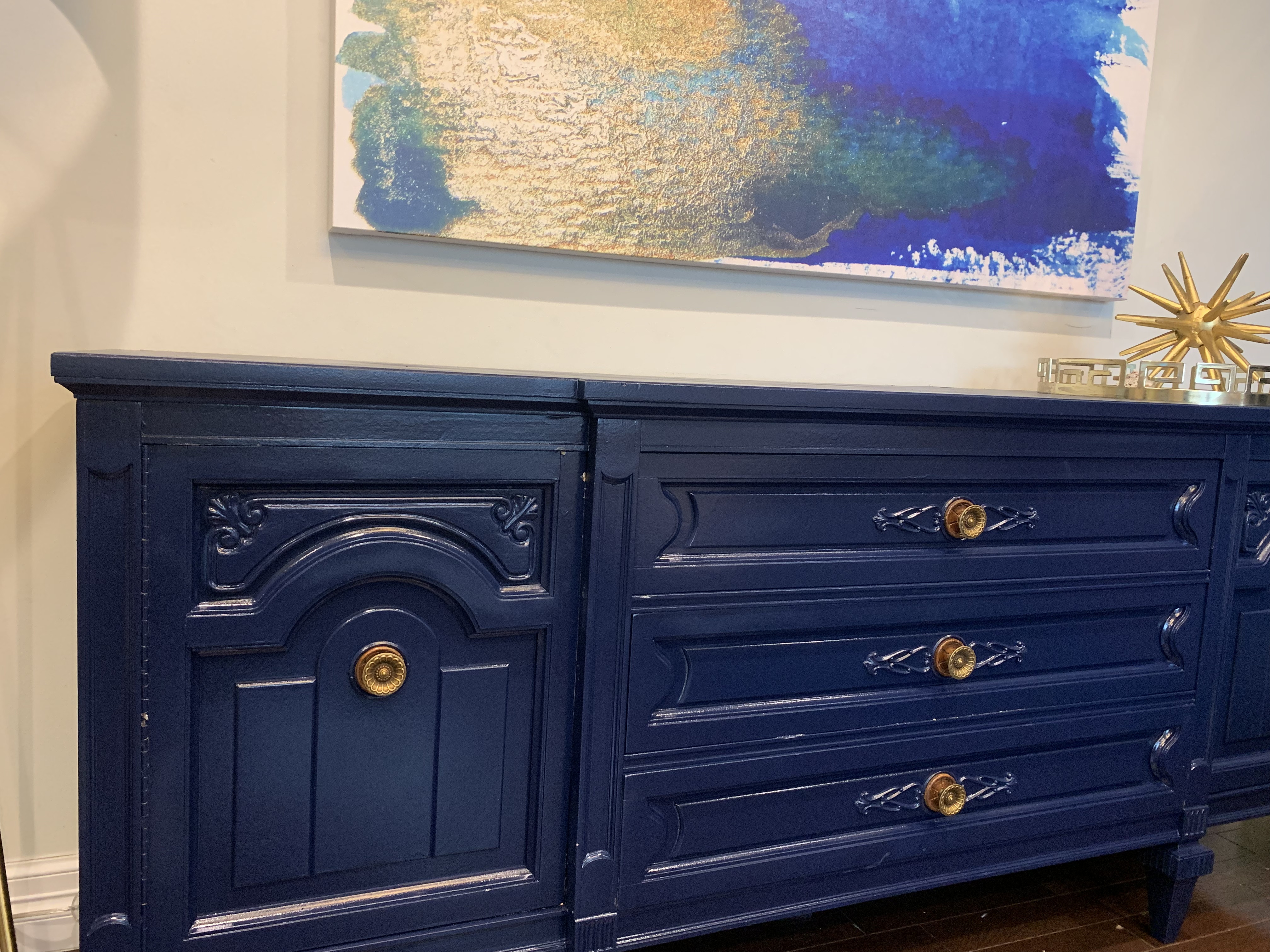 Solid Wood Navy 9 Drawer Traditional Dresser