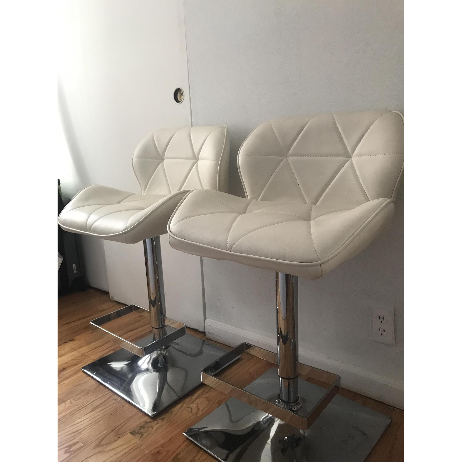 Anji Tianwei Steel White Faux Leather Bar Chairs - image-2