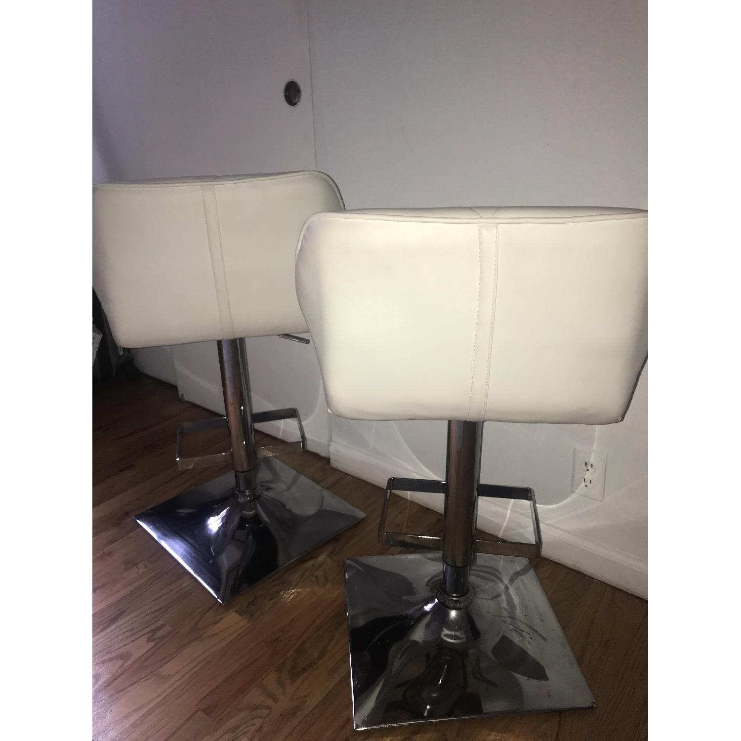 Anji Tianwei Steel White Faux Leather Bar Chairs - image-4