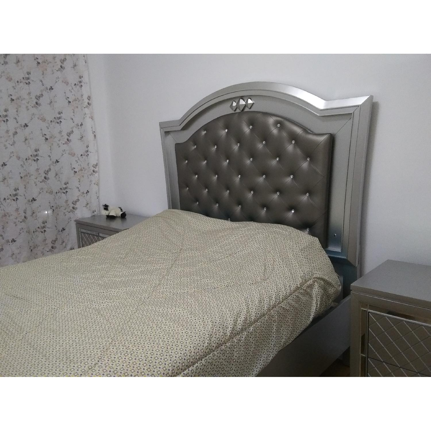 Silver Queen Size Bed w/ Storage & Lights - image-3