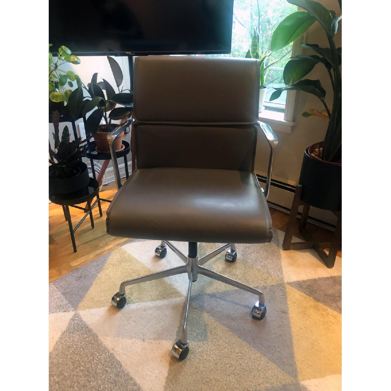 Meelano Mid Century Leather Office Swivel Chair - image-1