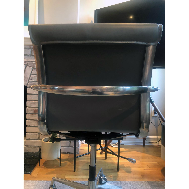 Meelano Mid Century Leather Office Swivel Chair - image-4