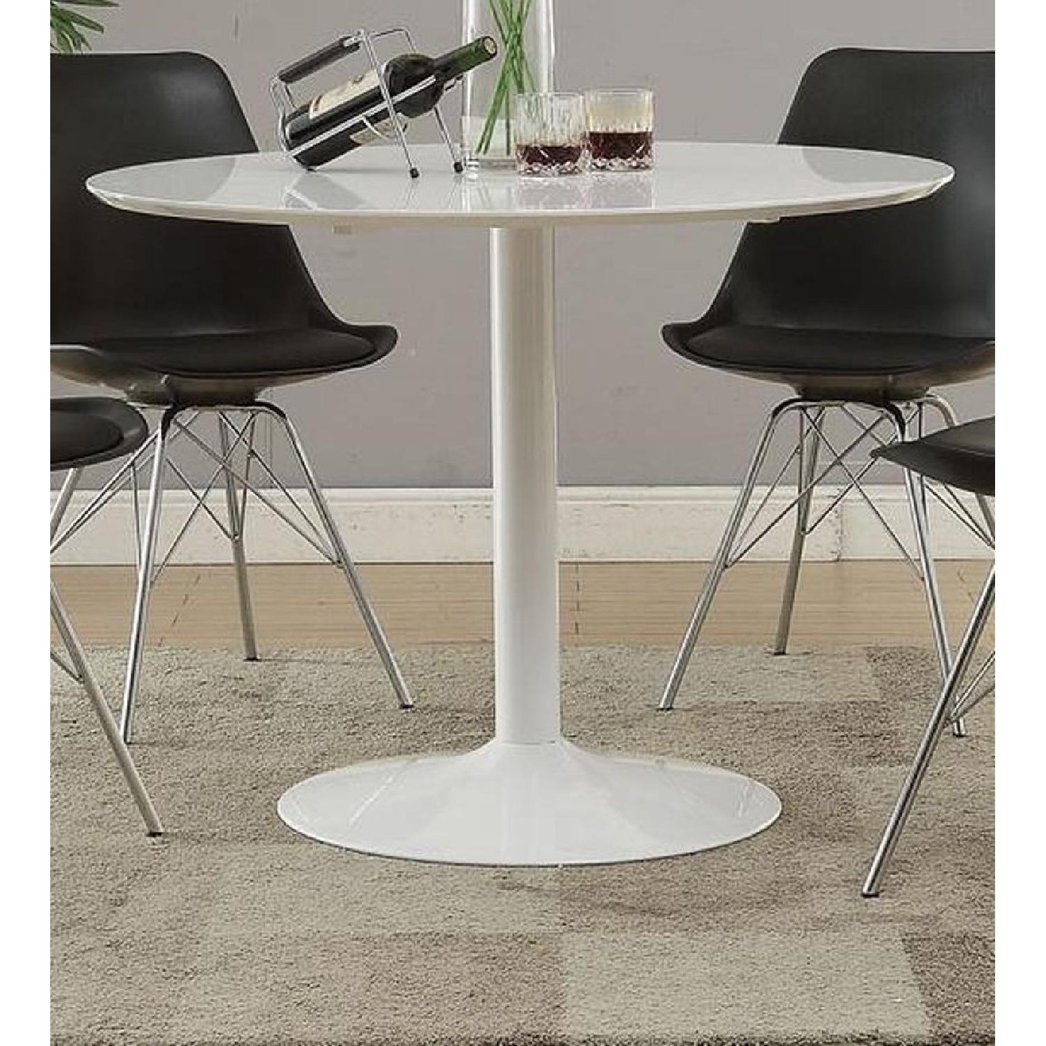 Mid Century Modern Style Dining Table in High Gloss Finish - image-3