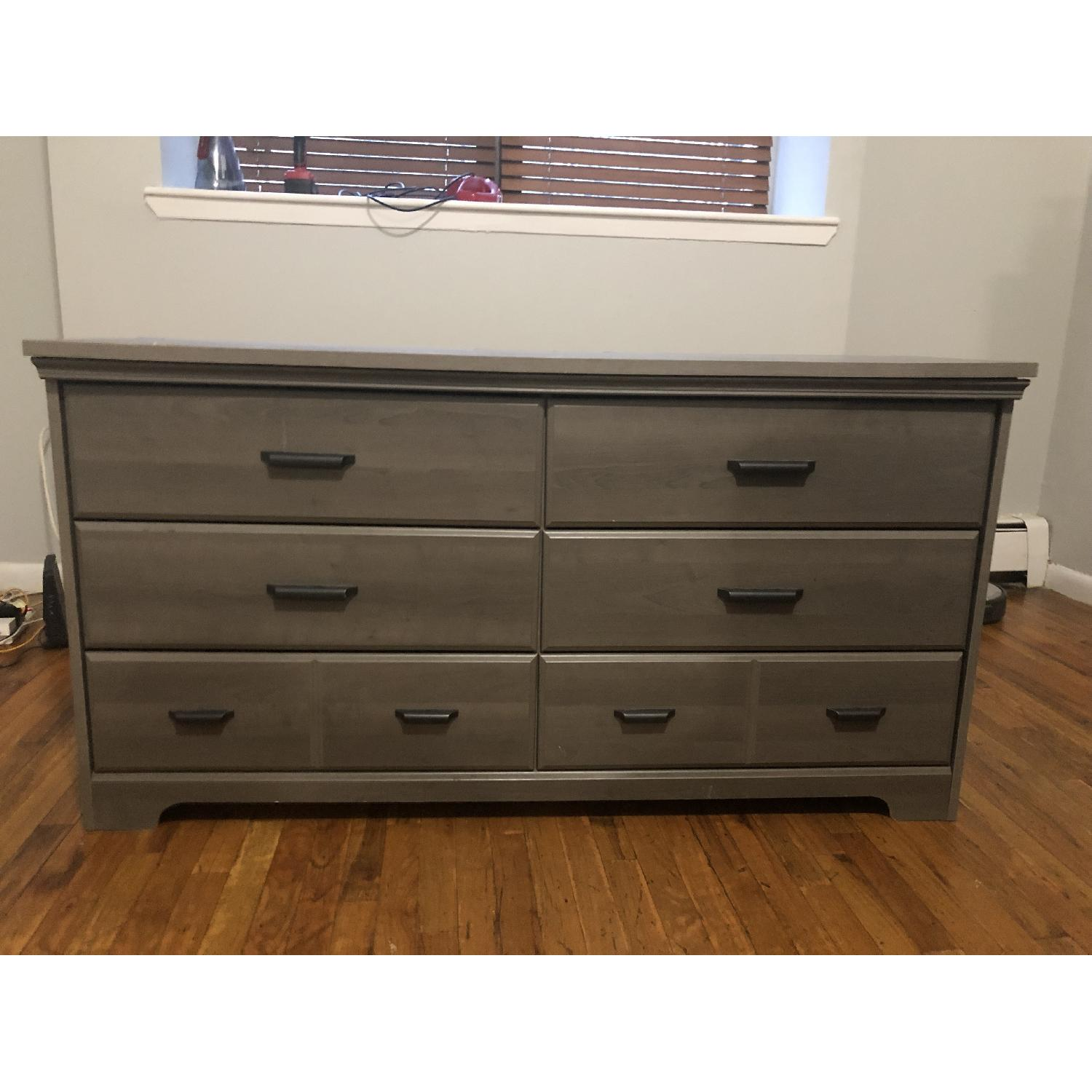 AM+ Studio Versa 6 Drawer Dresser - image-1