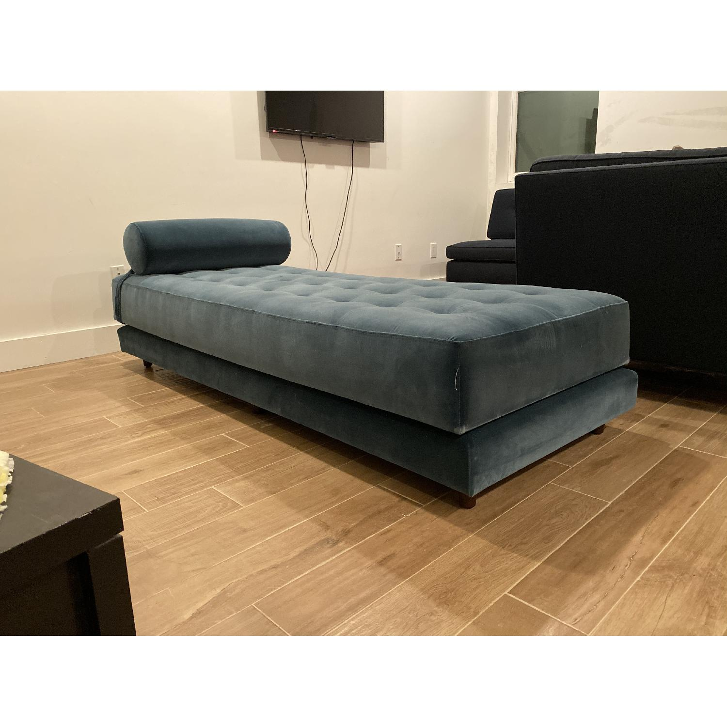 Article Sven Daybed - image-1