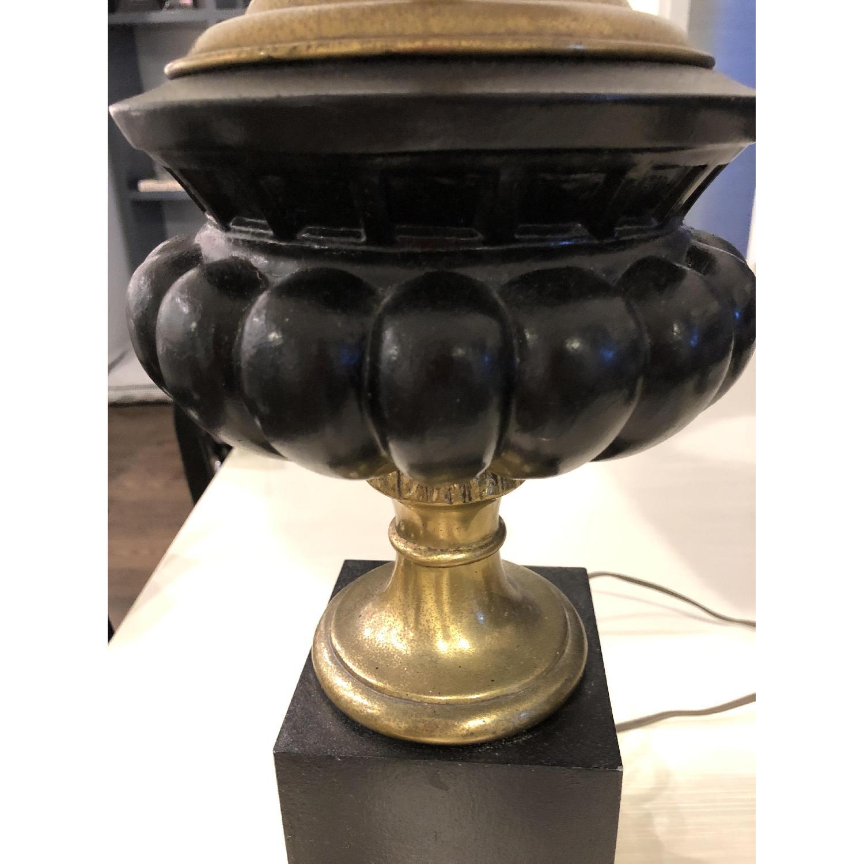 Neo-Classic Iron Urn lamps - image-5