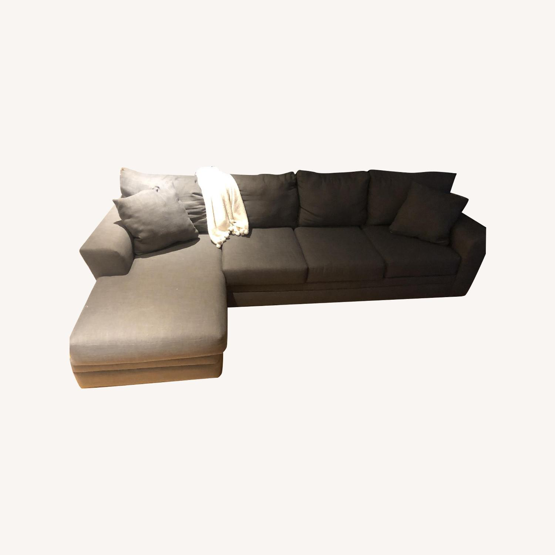 Greleigh Modern Sectional Sofa - image-0