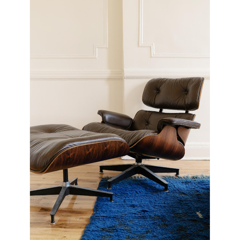 Herman Miller 1981 Vintage Eames Lounge Chair & Ottoman - image-1