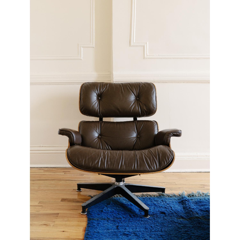 Herman Miller 1981 Vintage Eames Lounge Chair & Ottoman - image-3