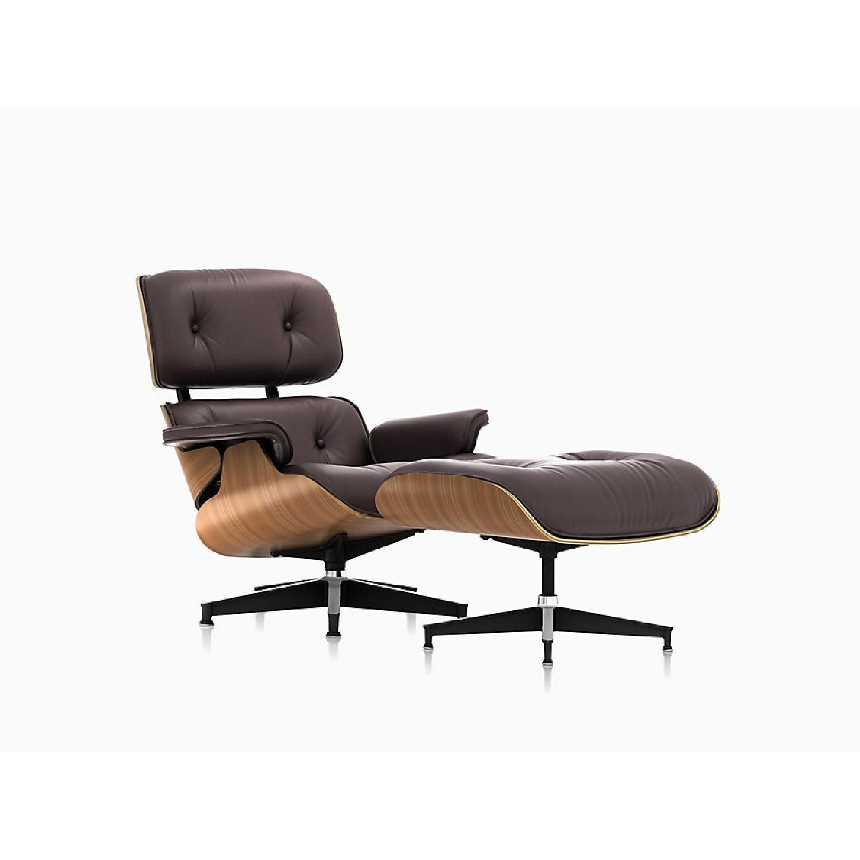 Herman Miller 1981 Vintage Eames Lounge Chair & Ottoman - image-0