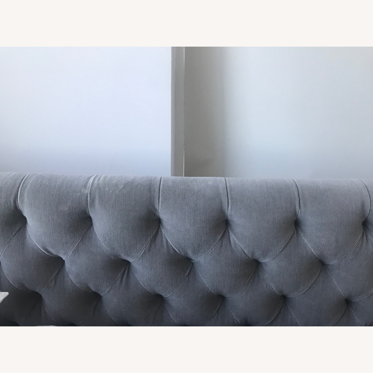 Restoration Hardware Devyn Tufted Bed - image-8