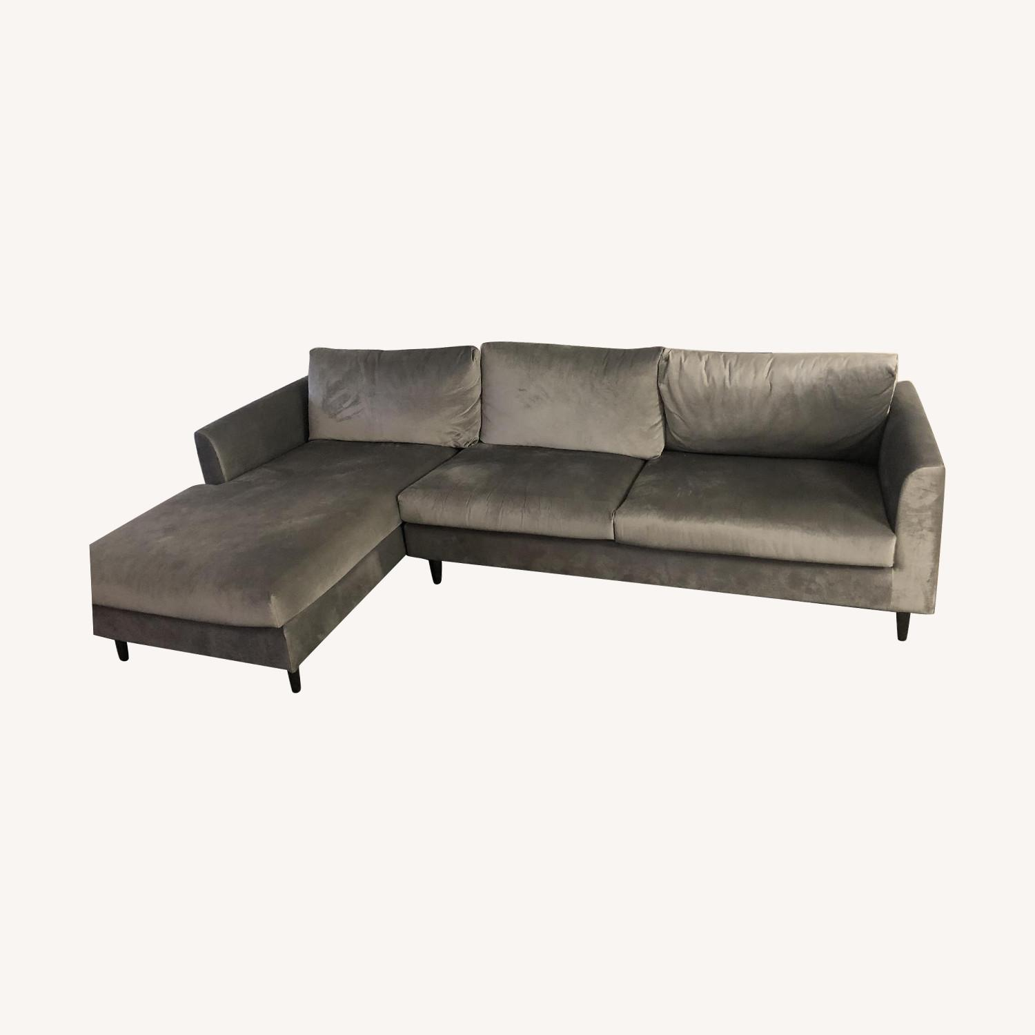 Interior Define Owens Sectional Sofa w/ Left Chaise - image-0