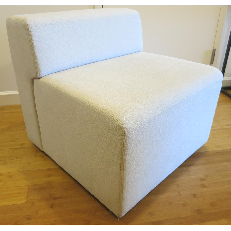 Knoll k. lounge Single Seat Sofa in Stone - image-0